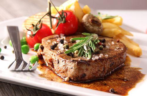 Hovězí steak na pepři – COOP Club