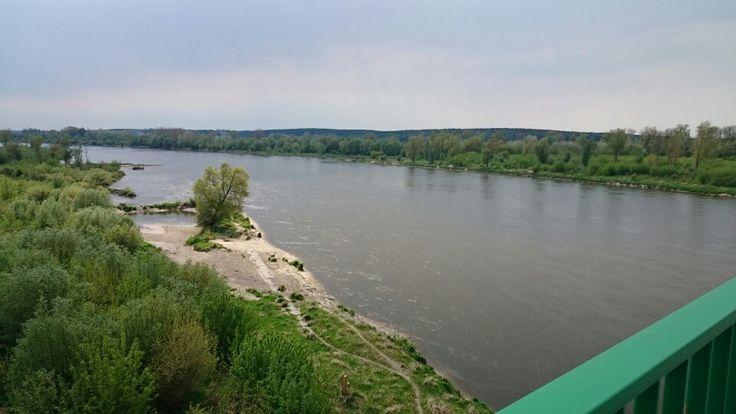 Płynie, płynie #Wisła po Polskiej krainie.