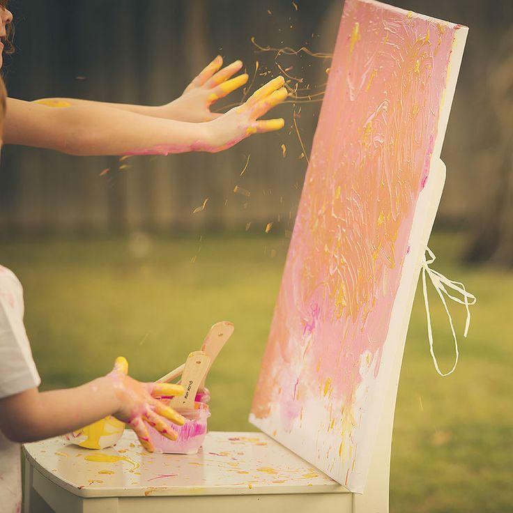 Gold Coast Photographer Paint Smash Gender Reveal  (5)