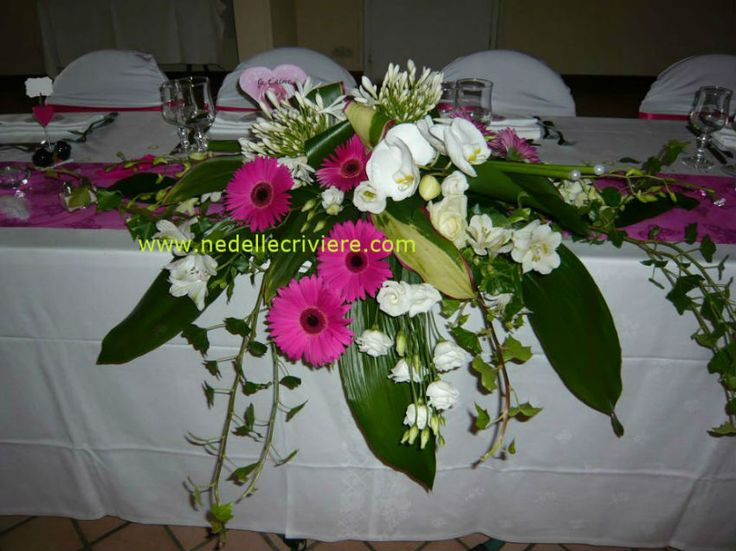 Centre de table retombant 850 637 d co wedding pinterest Centre de table mariage fleurs