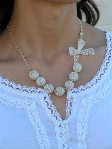 Tea Rose Home: Crochet Beads Necklace