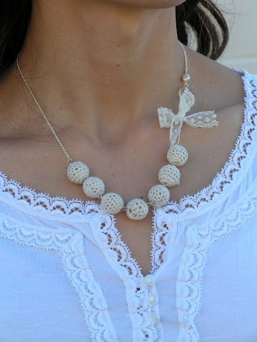 Tea Rose Home: Crochet Beads Necklace