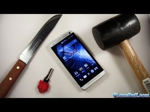 HTC One Hammer & Knife Scratch Test http://androidlike.com