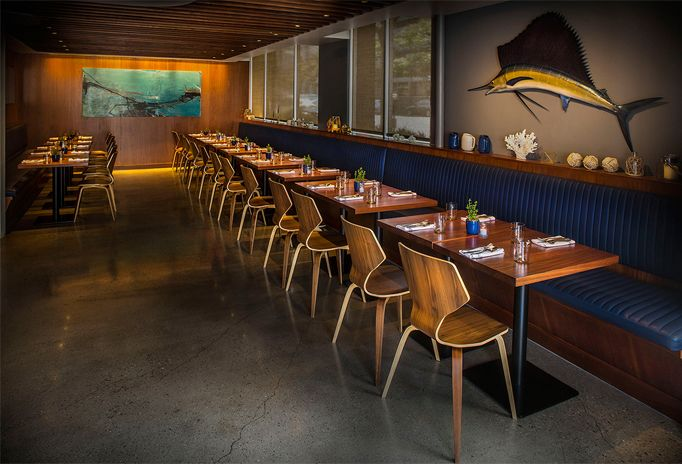 Dive into #nautical cool interiors and seafood dishes at the Santa Monica Yacht Club.