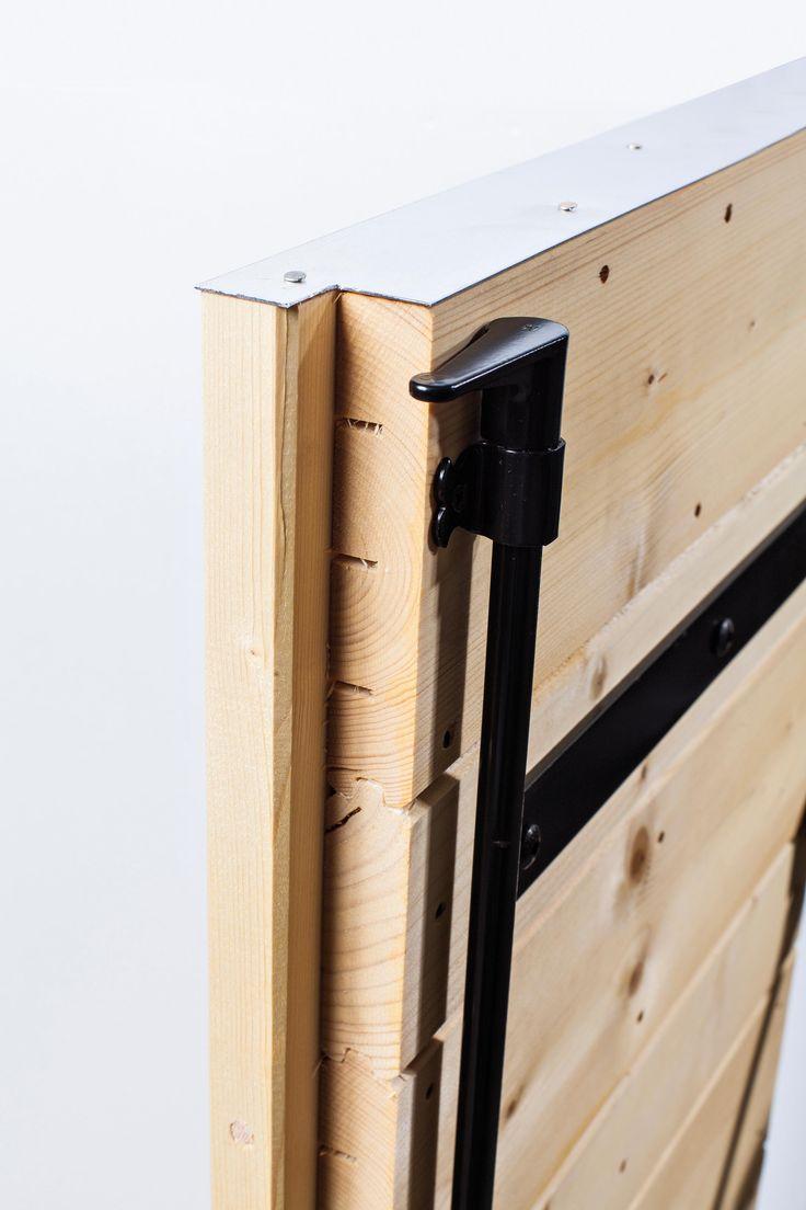 les 8 meilleures images du tableau volets battants r gionaux en bois lames verticales sur. Black Bedroom Furniture Sets. Home Design Ideas