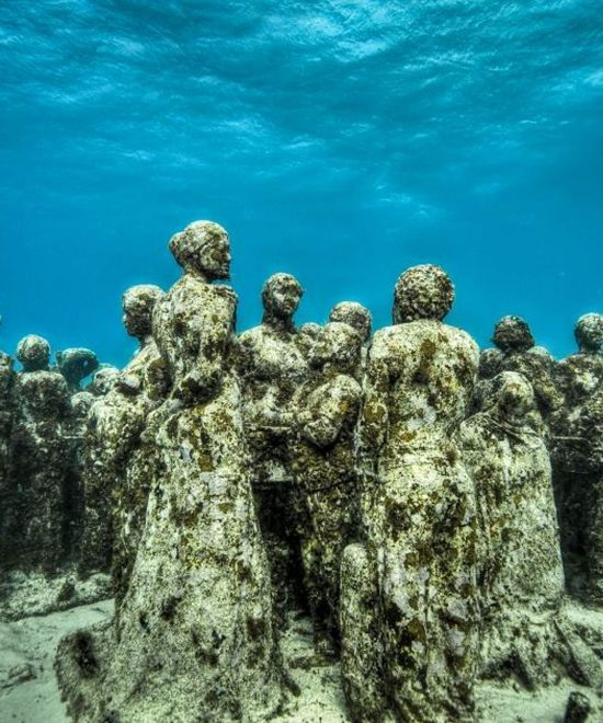 Best Великие пустоши Images On Pinterest The Album - Europes first ever underwater museum is full of hyperrealistic human sculptures