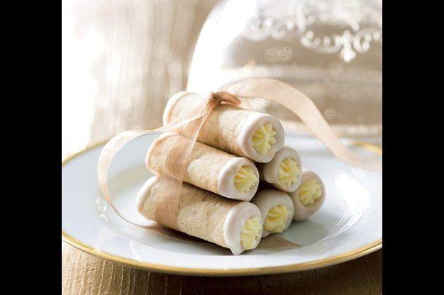 Trubičky s bílou čokoládou | Apetitonline.cz