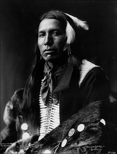 :::::::::: Vintage Photograph :::::::::   Yellow Shirt, Hunkpapa Sioux Chief by Frank Rinehart