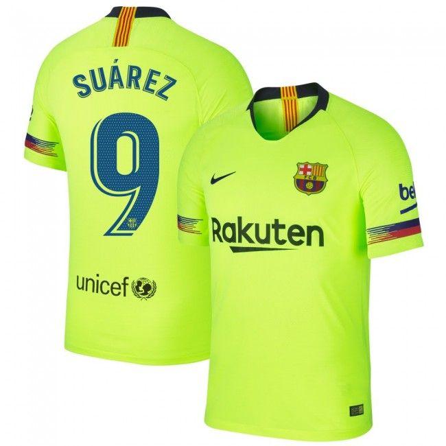cuanto cuesta una camiseta del barcelona en españa