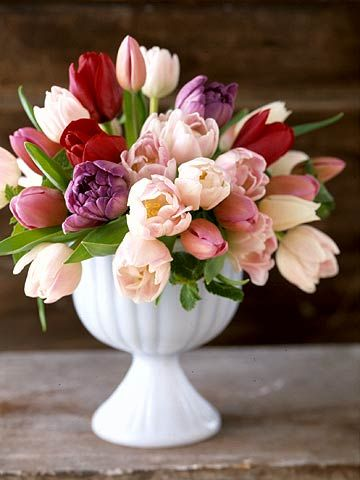 We love this unexpected tulip bouquet for Valentine's Day! More V-Day flowers: http://www.bhg.com/holidays/valentines-day/decorating/valentines-day-flowers-centerpieces/?socsrc=bhgpin021313vdaytulips=8
