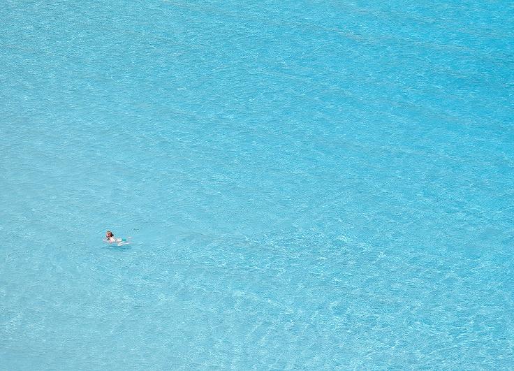 Antipaxos magic aqua blue