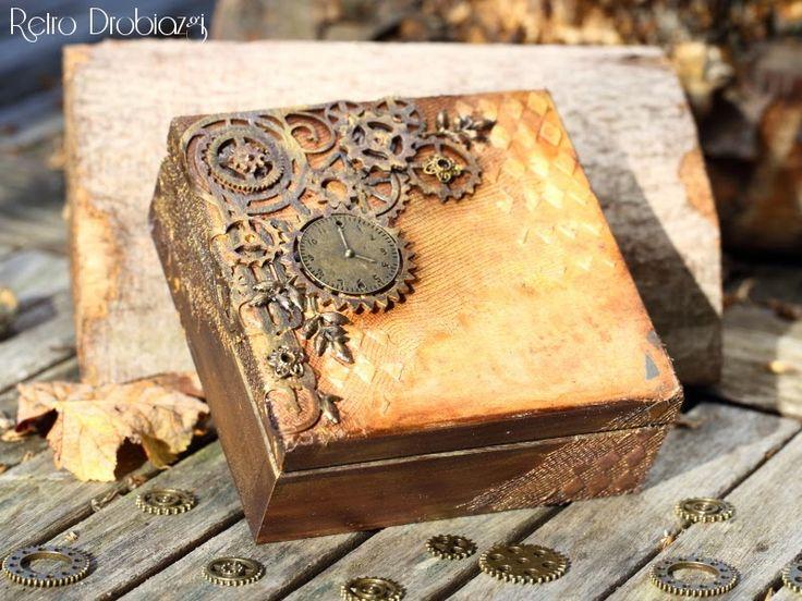steampunk box.
