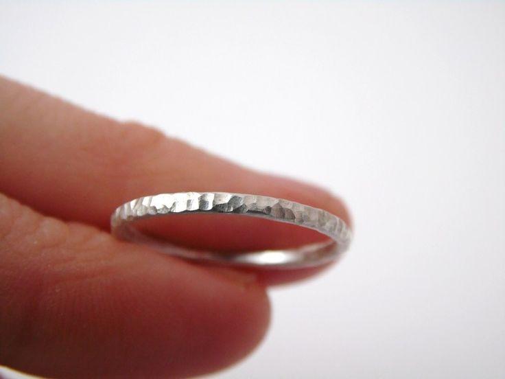 Ring, 925 Silber, gehämmert, Stapelring, 5% Spende von Stein an Stein auf DaWanda.com