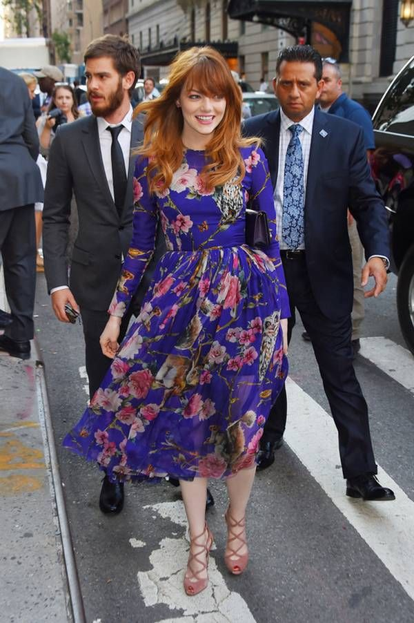 Emma Stone floral dress, slightly wavy hairstyle, Glossy Lips & bright eyes-0