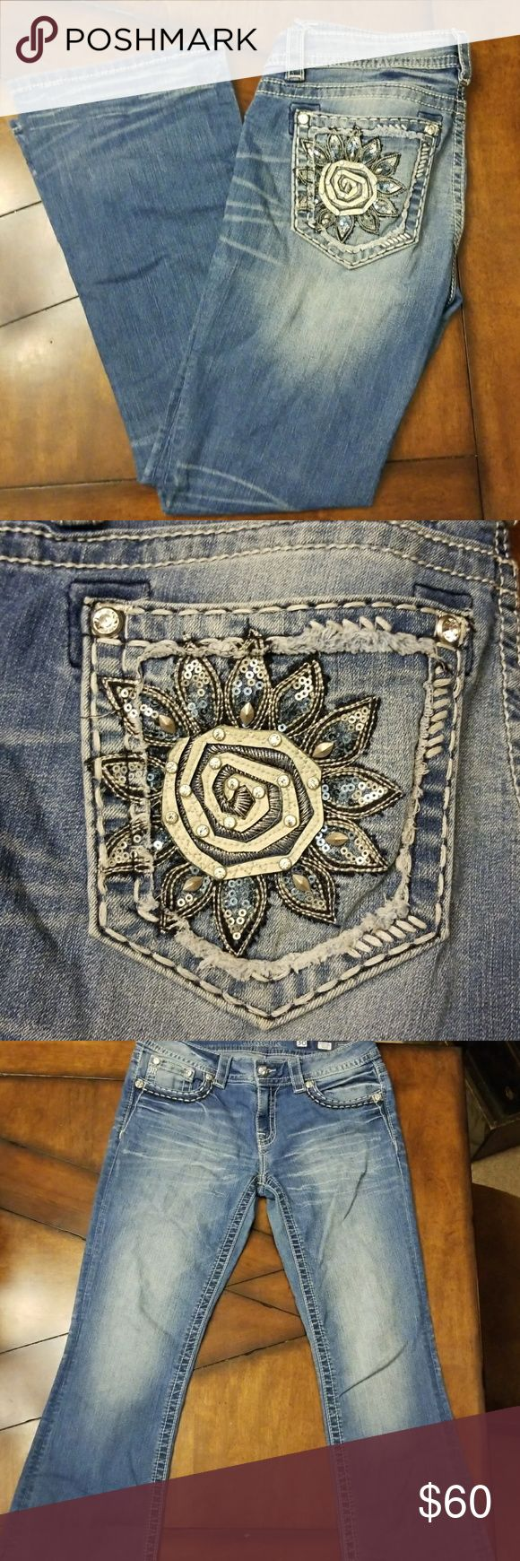 Miss Me jeans Bootcut, light denim wash jeans. No holes or damage! Very good jeans. Inseam 30 Miss Me Jeans Boot Cut