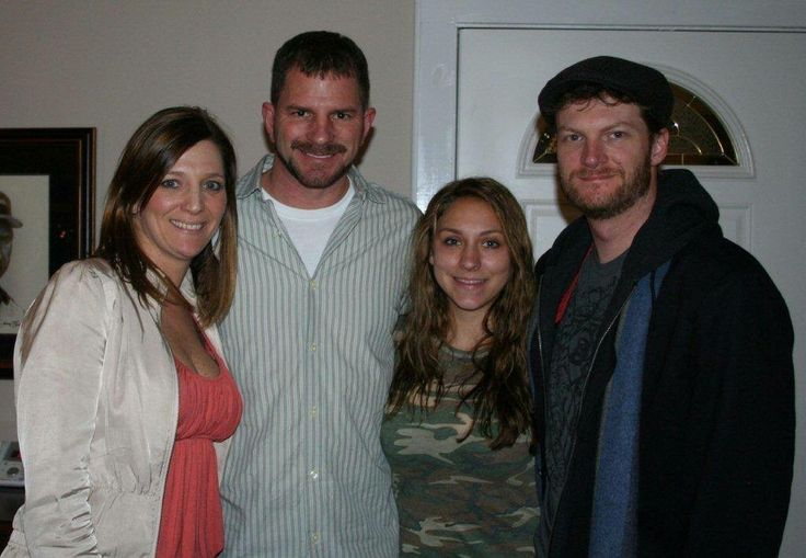 The Earnhardt children  Kelley, Kerry ,Taylor & Dale Jr