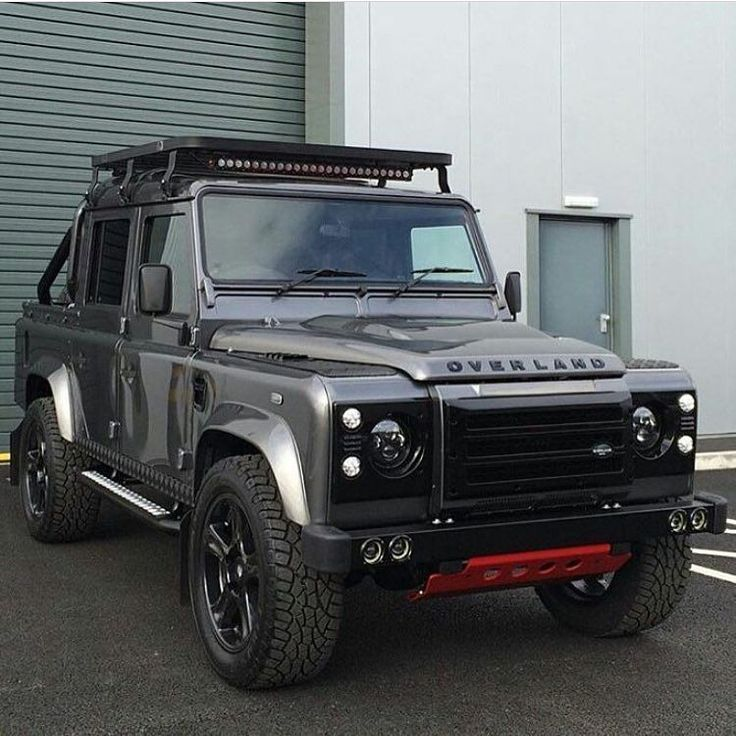 Overland Defender 110 double cab pick-up