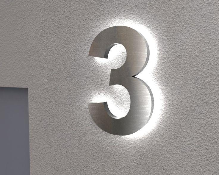 Beleuchtete Edelstahl Hausnummer 3 mit Led-Hintergrundbeleuchtung