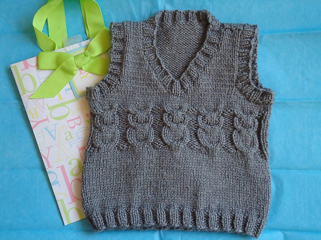 Free Knitting Pattern For Owl Sweater : 9=12 mos Owl Baby Vest pattern by Jodi Haraldson KNITTING-BABY & CHILDR...