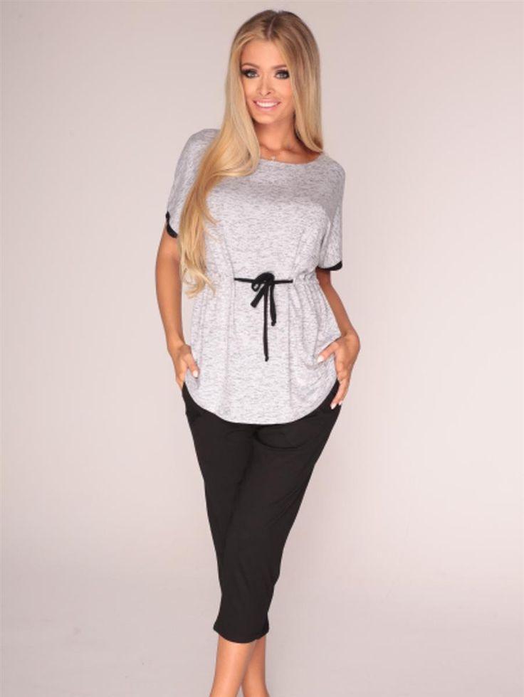 Ciekawa propozycja piżamki damskiej, efektowne wiązanie w pasie!