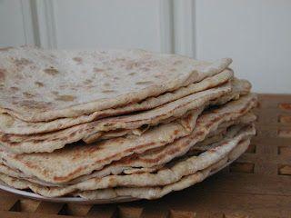 lucilla süt: Mjukt tunnbröd avagy a puha svéd laposkenyér