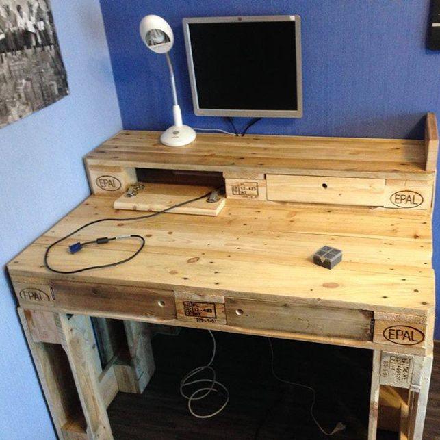 pallet-computer-scrivania