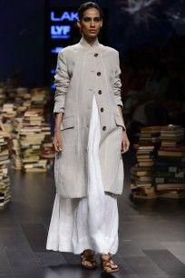 White Woven Handloom Maxi Dress  #lakmefashionweek2016 #rajeshpratapsingh #day3 #maxidress #handloom #desivibes #futuristic #straightofftherunway #ppus #happyshopping