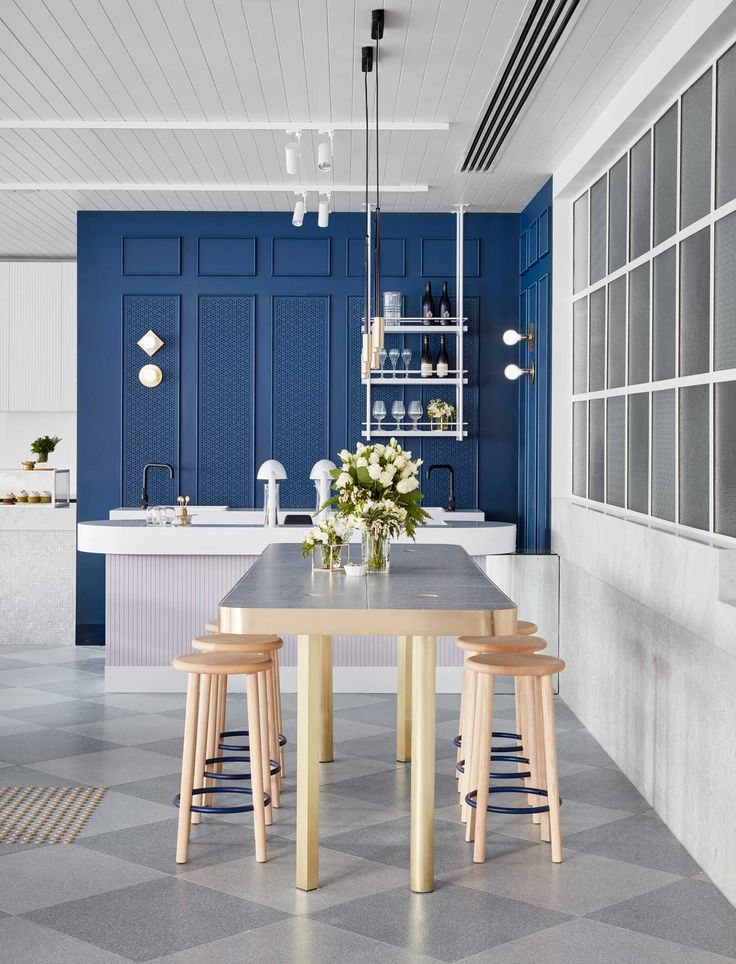 2236 best Bars & Restaurants images on Pinterest   Restaurant bar ...