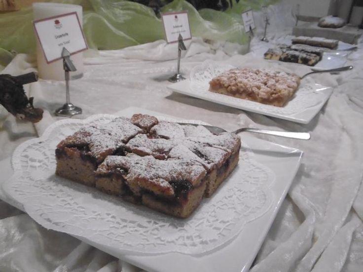 Kuchenbuffet am Nachmittag im Hotel Preidlhof Naturns bei Meran http://preidlhof.it
