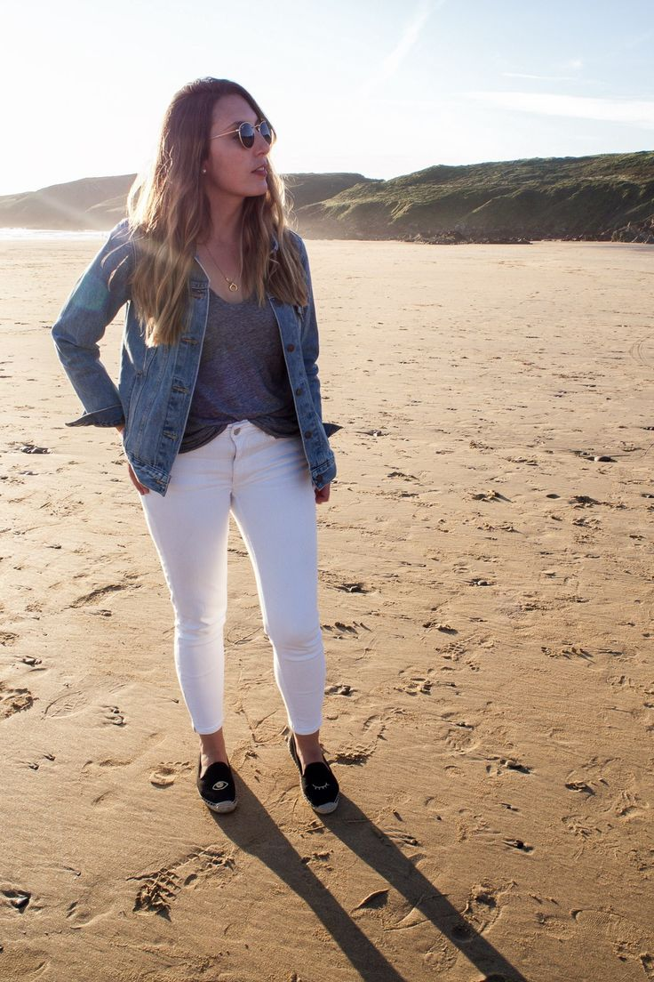 A Weekend In Wales | Featuring Atterley white jeans, Soludos espadrilles, Levis denim jacket, Madewell tee, Ray-Ban sunnies | Wolf & Stag