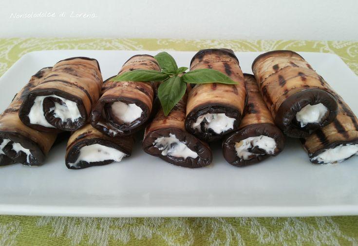 Rotolini vegetariani di melanzane