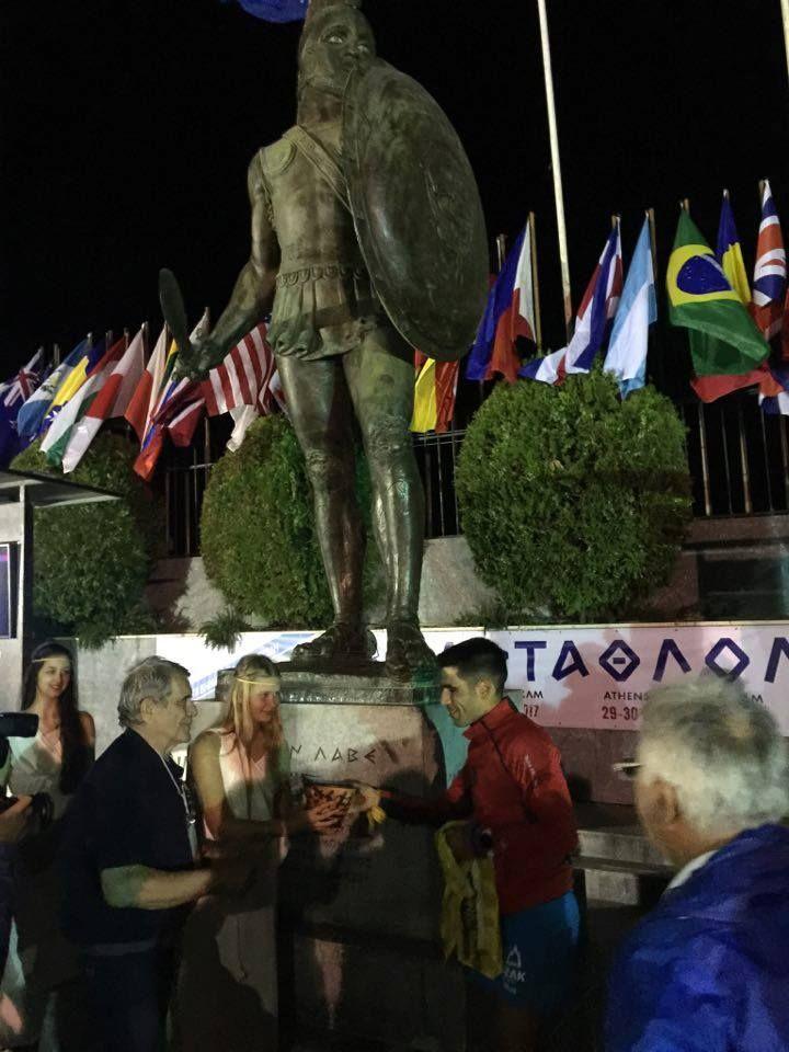 Σιδερίδης Νικόλαος 3ος το 2017 ο 36χρονος Έλληνας με 22 ώρες 58΄ 01΄΄ Πέρυσι είχε τερματίσει 1ος Έλληνας καταλαμβάνοντας την 6η θέση