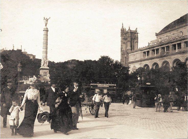 Une belle journée, place du Châtelet, en 1899