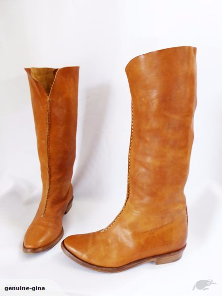 Italian all leather pull on boots size 36.5