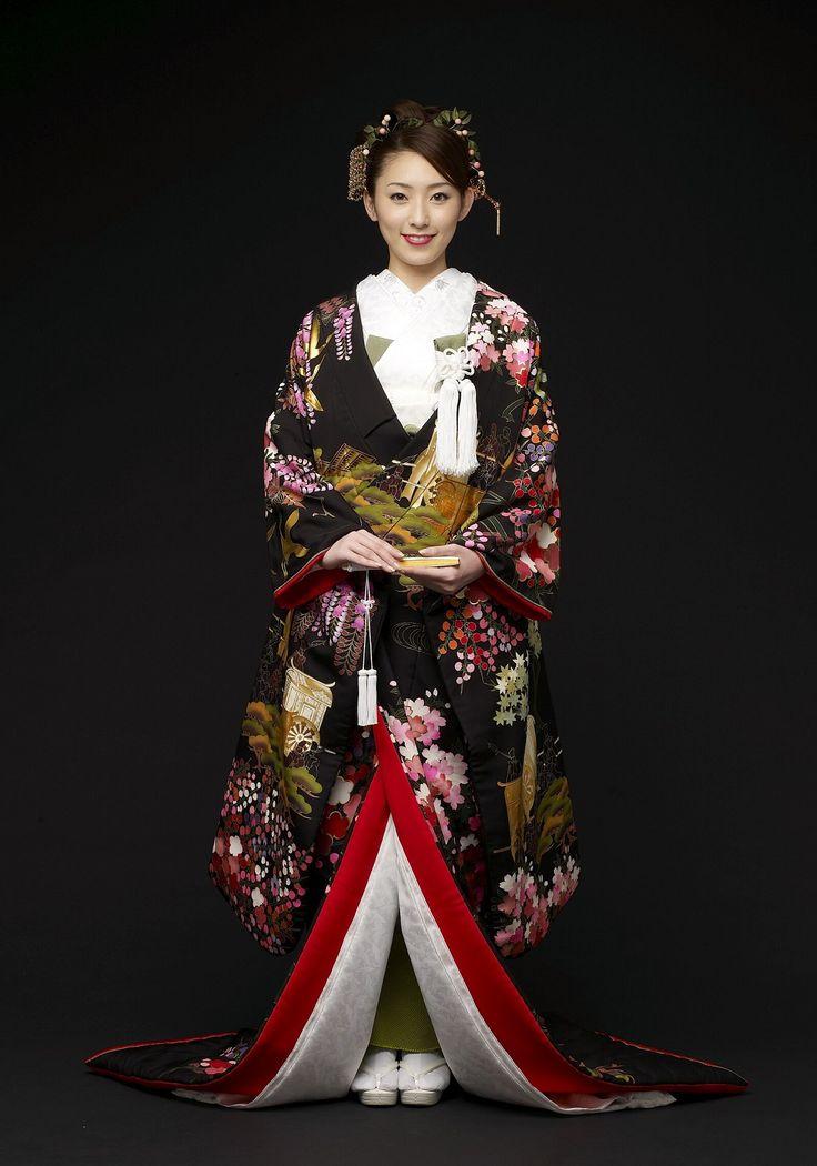 kimono 色打掛 / 大観奉寿梅