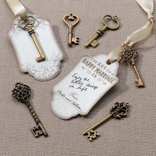 The key to a successful wedding can be found via these wedding wish key tags.