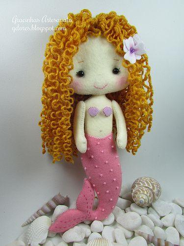 Felt mermaid doll Gingermelon pattern