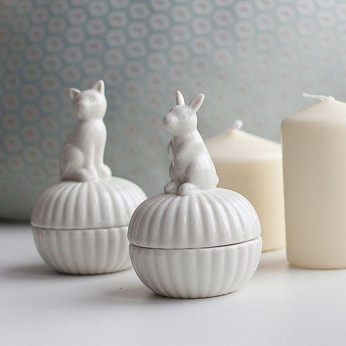 Шкатулка с зайцем/котом, 7Х10 см. 649