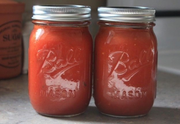Home made Tomato Sauce - Real Recipes from Mums