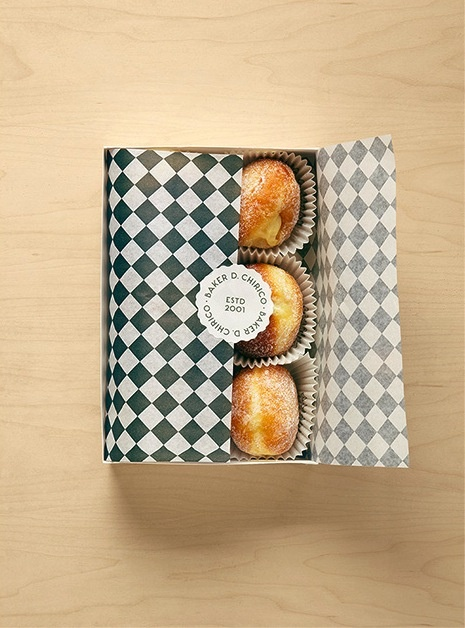 Pretty, pretty and yum yum. I would be very happy to receive a box of these.  ; )