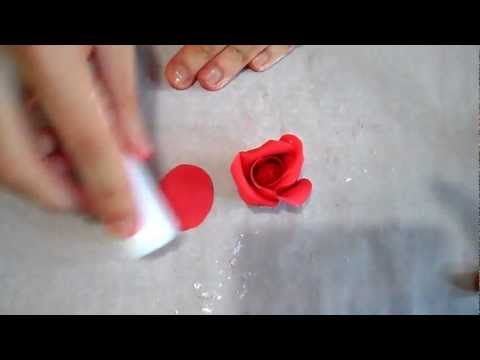 A good one for Chocolate roses▶ Tutorial rose in pasta di zucchero - YouTube
