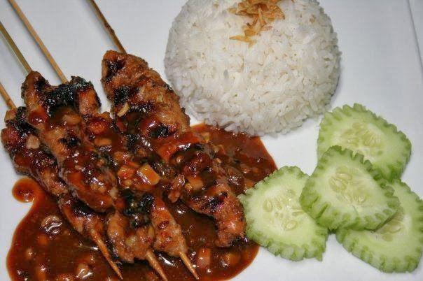 Resep Sate Ayam Madura Asli Nikmat Bergizi dari http://anekaresepmasakannusantara.blogspot.com patut anda coba dirumah :)