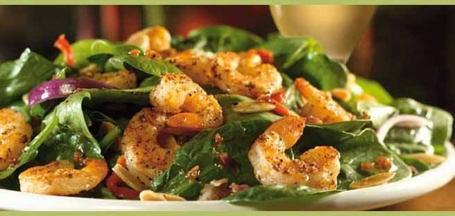 Make Your Own Copycat Applebees Spinach & Shrimp Salad- Love the taste but can't get to your favorite Applebees? Check out this copycat recipe, You'll Love it!