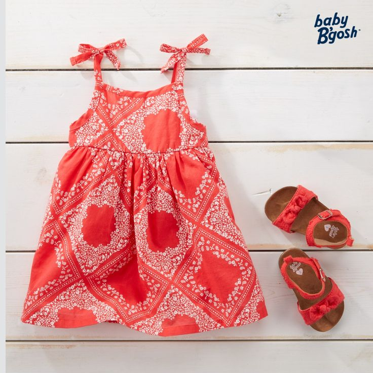 With a classic bandana print and bows at the straps, this dress is just right for outdoor parties and backyard BBQs.