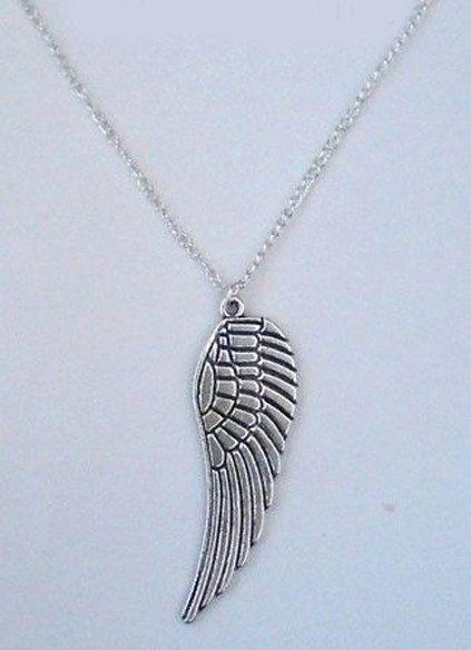 Engel vleugel ketting, ketting zilver engel vleugel, zilveren ketting, engel halsketting, handgemaakte sieraden, gotische sieraden, gotische ketting