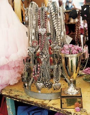 ..: Jewelry Lots, Jewelry Display, Gypsy Display, Gypsy Jewels, Display Ideas, Silver Jewelry, Junk Gypsy, Necklaces Display, Antiques Shops
