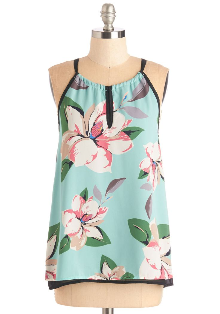 Your Own Oasis Top - SO cute for your next tropical vacation!