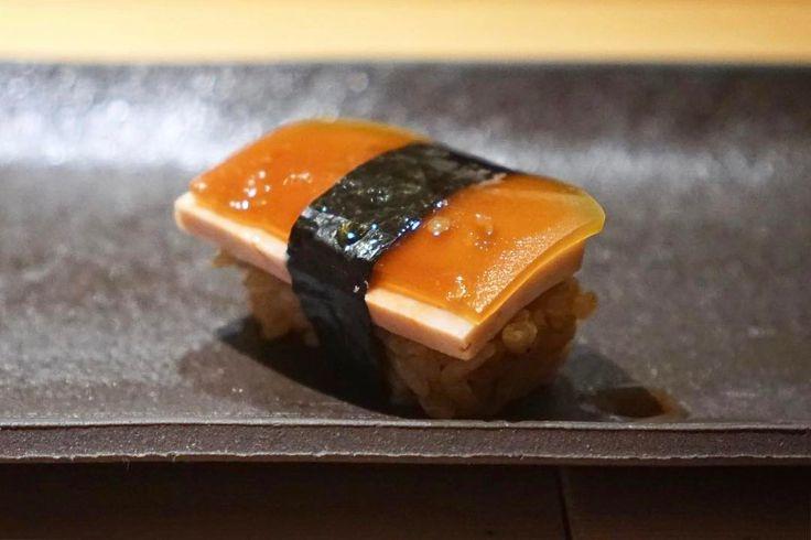 "146 mentions J'aime, 4 commentaires - Freya Wang (@restaurant_hunter) sur Instagram: ""あん肝と西瓜の奈良漬/Monkfish liver with pickled watermelon @#匠進吾 #TakumiShingo .幸せすぎるよ(^∇^) - Rating:8/10…"""