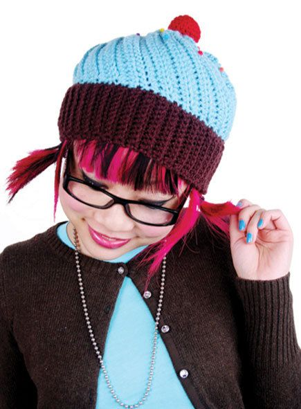 Chocolate Cupcake Hat with Frosting Crochet Pattern