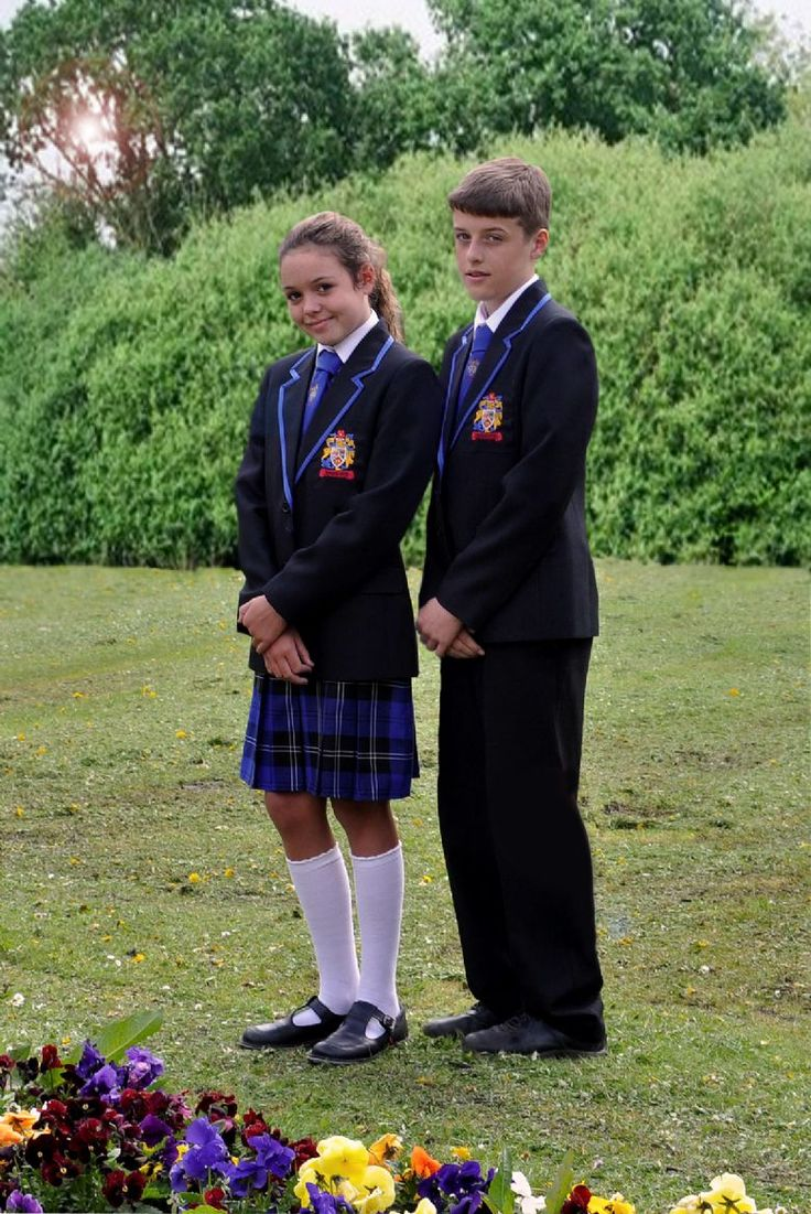The Pros & Cons of School Uniforms: Moms Weigh In